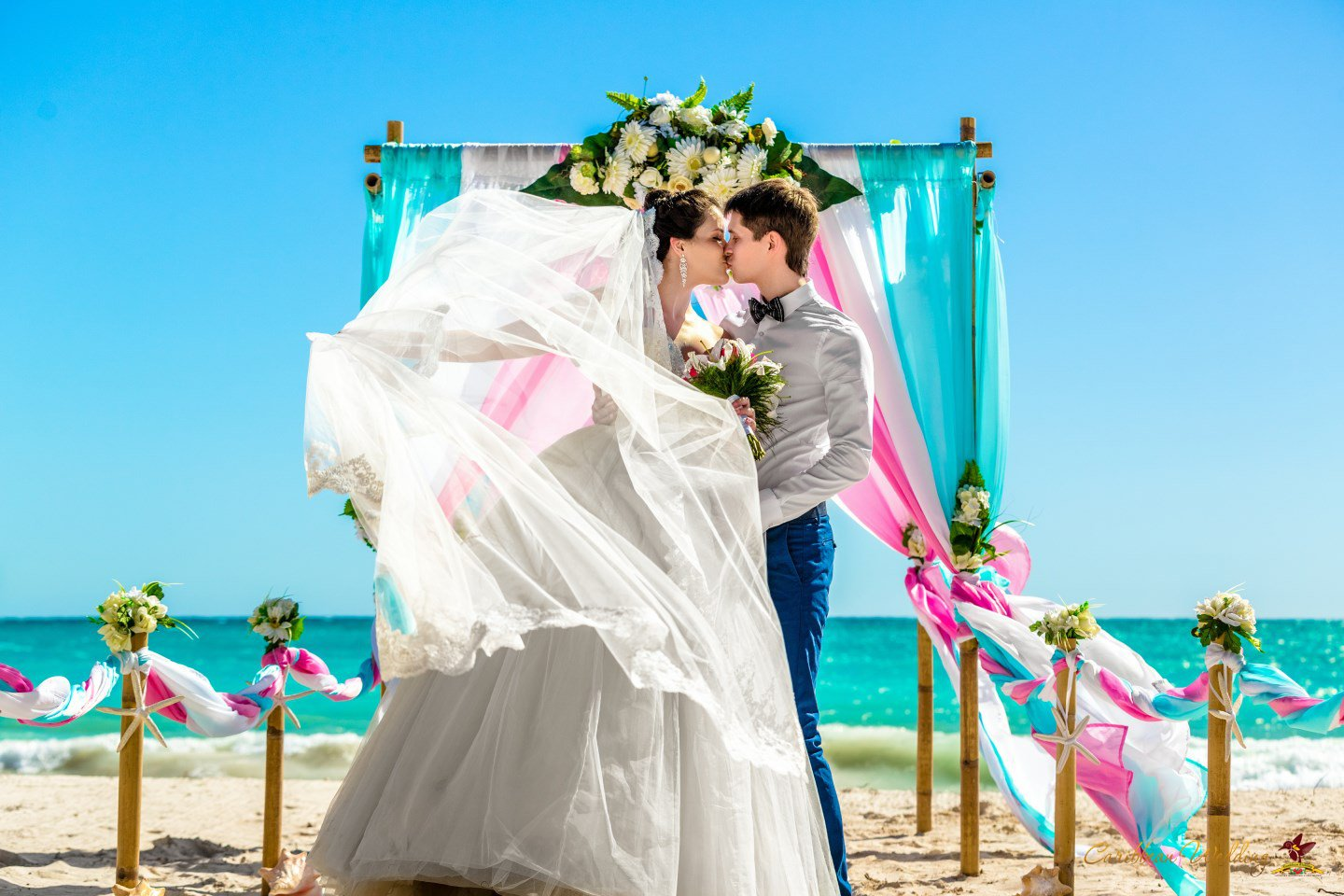Symbolic wedding ceremony in dominican republic cap cana for Weddings in the carribean