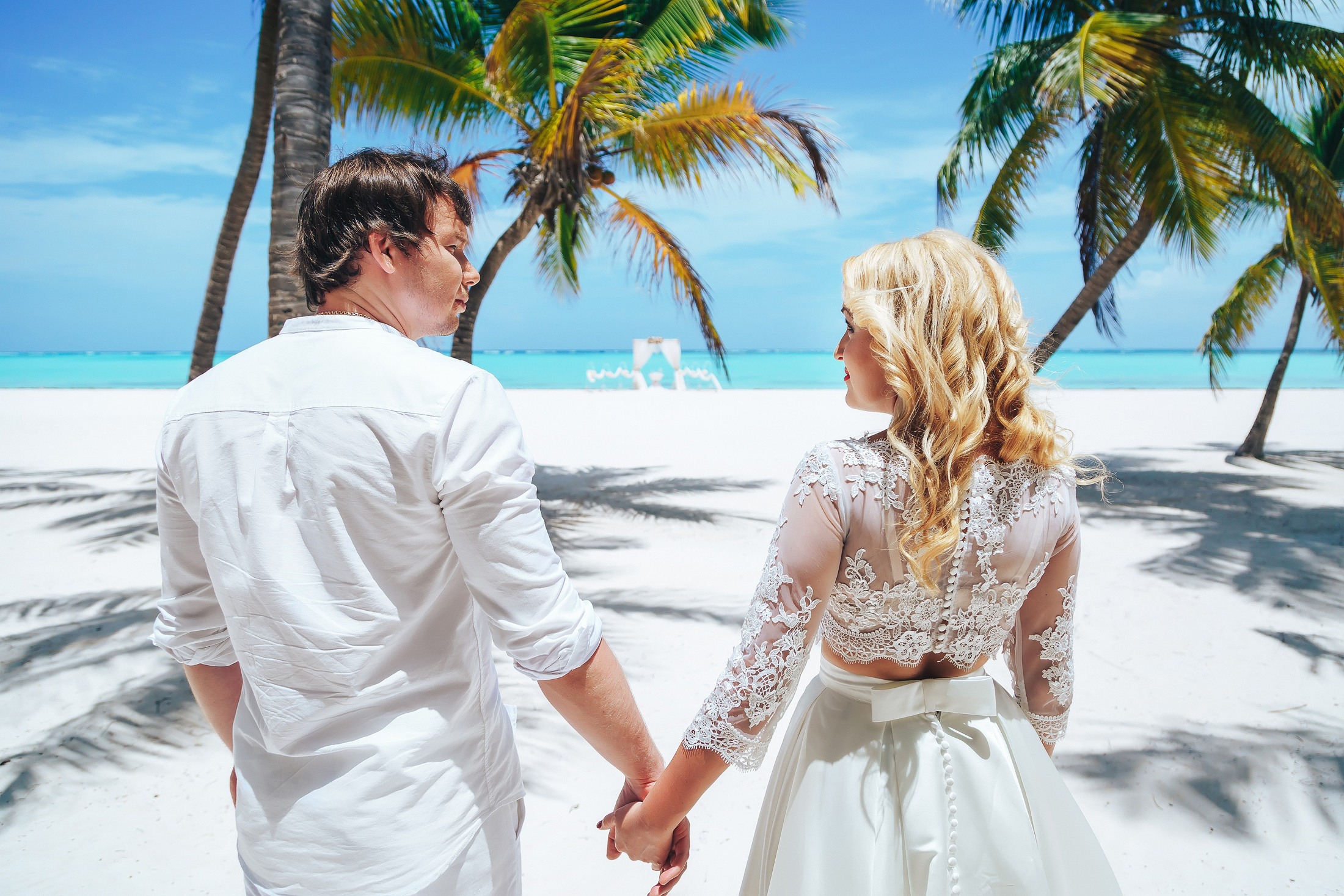 Caribbean wedding dresses wedding ideas wedding on the juanillo beach in dominican republic alla and junglespirit Image collections