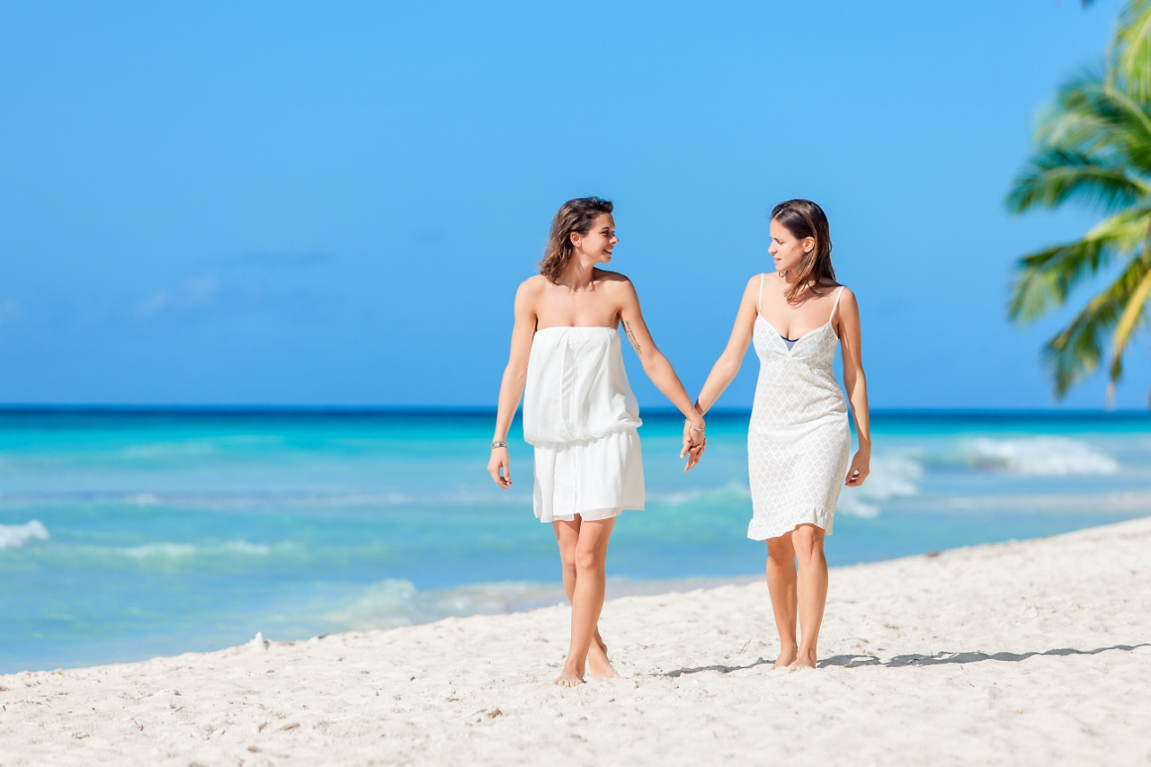 punta cana lesbian personals Punta cana singles resorts: find 340098 traveller reviews, candid photos, and the top ranked singles resorts in punta cana on tripadvisor.