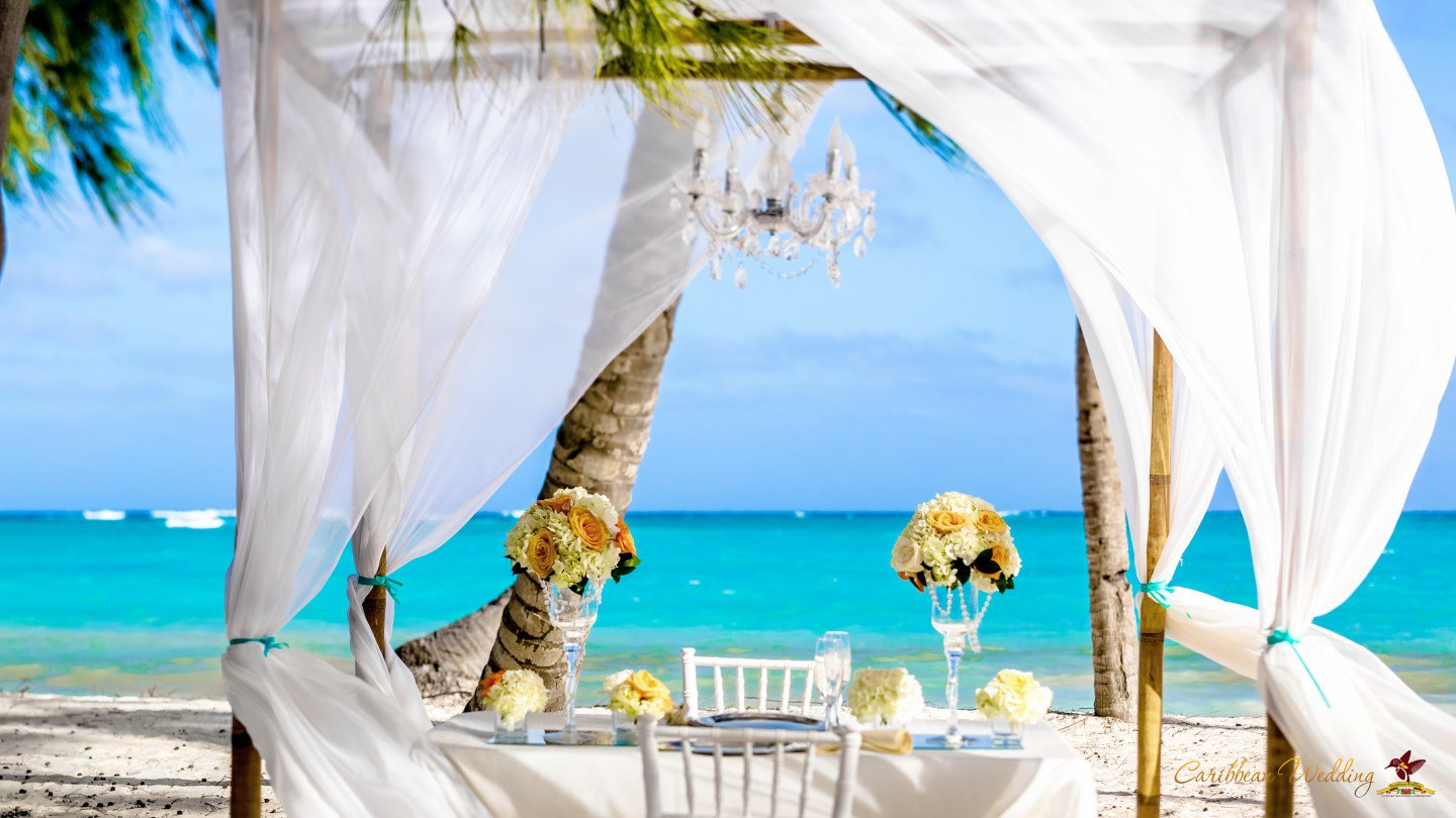 Romantic Dinner In A Private Beach Only You Your Love The