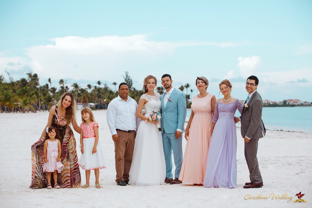 10 reasons to have a destination wedding caribbean wedding for Weddings in the carribean