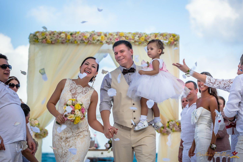 Caribbean Wedding: Wedding On Beach Restaurant Huracan {Yevgeniy And Alya
