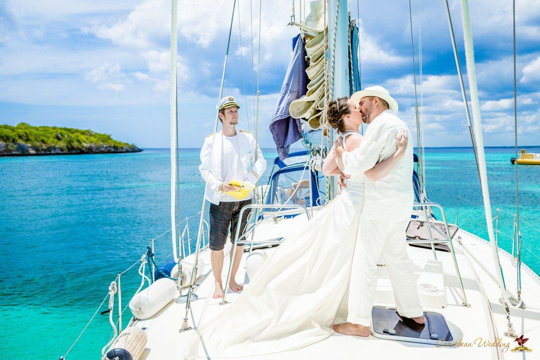 Caribbean Wedding: Destination Wedding On A Yacht. VIP Package {Helen+Theodor